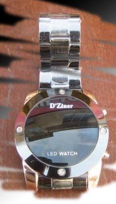 خرید ساعت های مچی ال ای دی